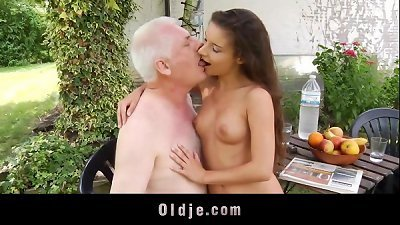 Little pervert seduce and fuck old man