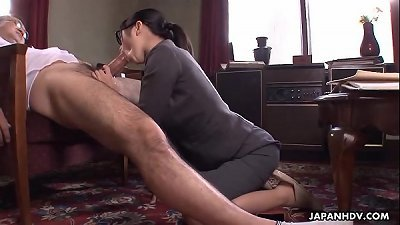 Office lady Kana getting her raw vag creampied