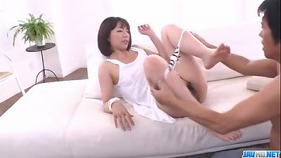Izumi Manaka beautiful mother the pummeled by step son